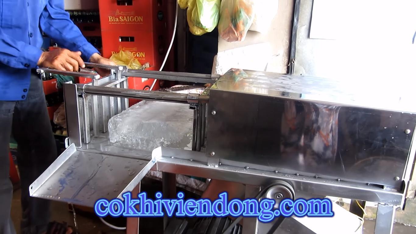 Máy cắt nước đá cây 5 lưỡi tay kéo mô tơ cũ