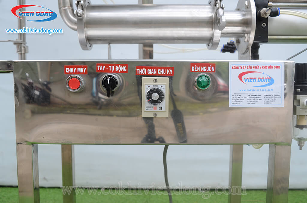 Máy chiết rót định lượng bằng khí nén CR01