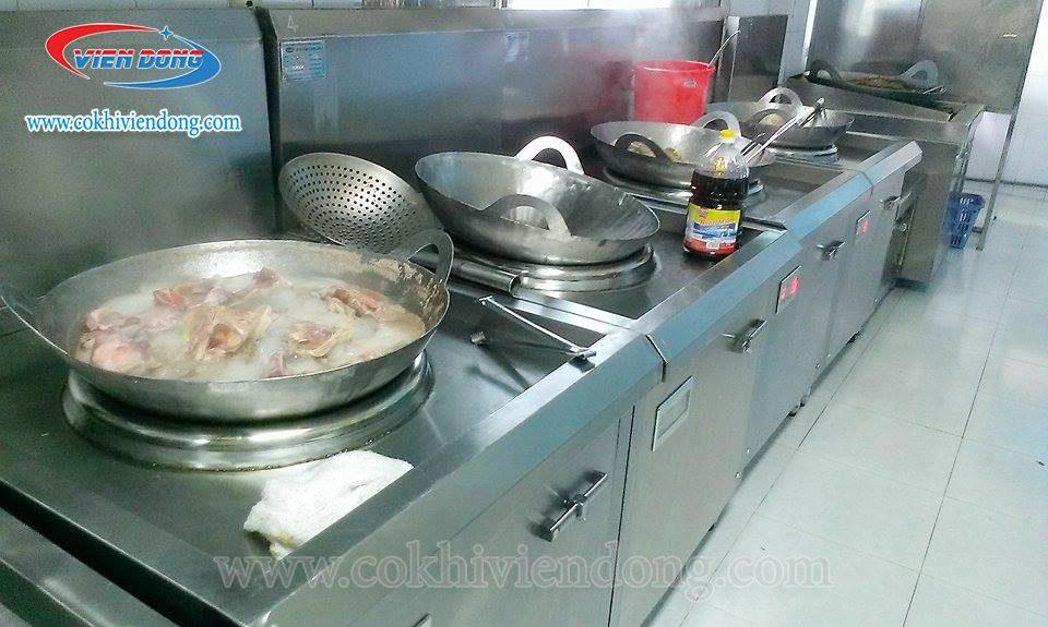 giá bếp từ công nghiệp
