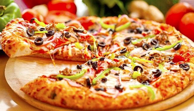 cách làm bánh Pizza tại nhà bằng lò nướng