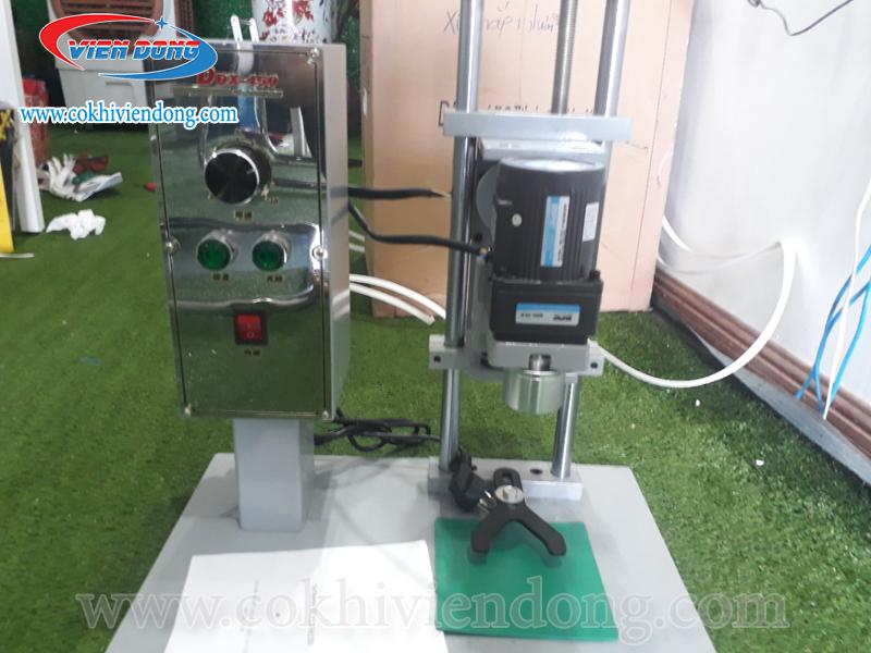 3 điểm đặc biệt trong thiết kế của máy đóng chai nhựa DDX 450