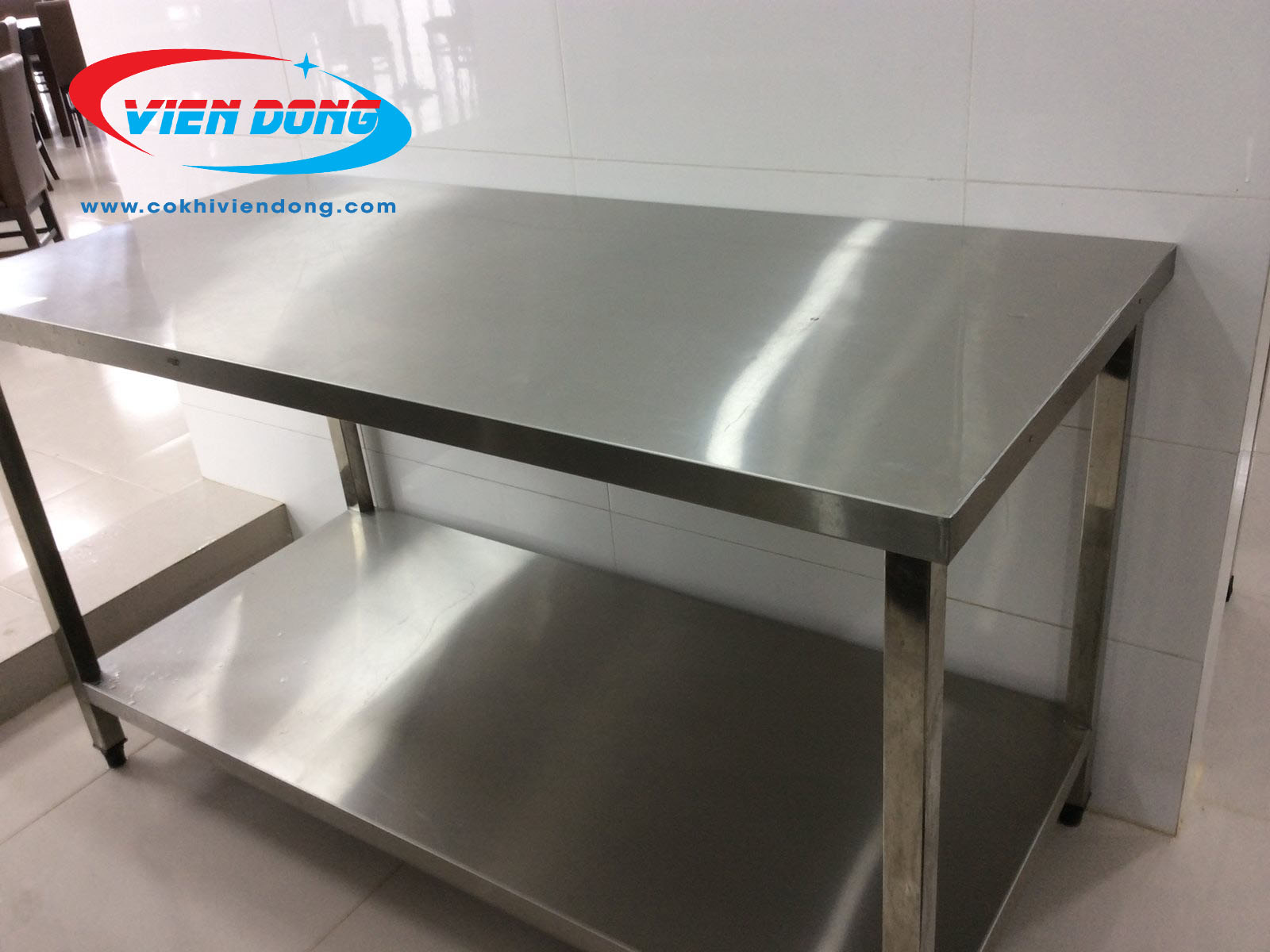 bàn bếp inox công nghiệp