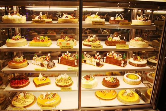 Tủ trưng bày bánh kem kính thẳng/ kính vuông