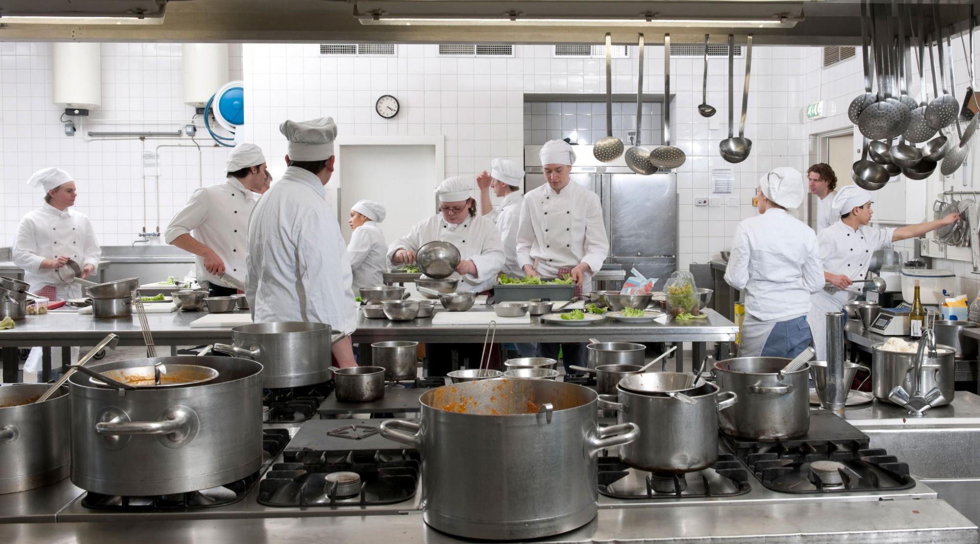 thiết kế bếp nhà hàng (4)