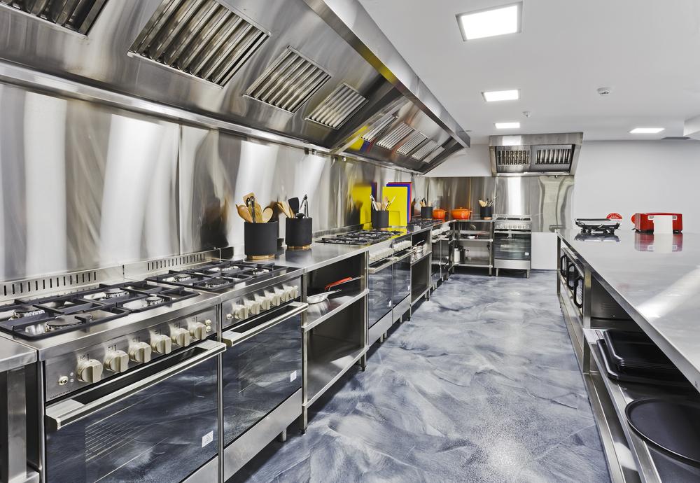 Chế độ bảo trì, bảo hành thiết bị bếp khách sạn 2 sao từ Viễn Đông