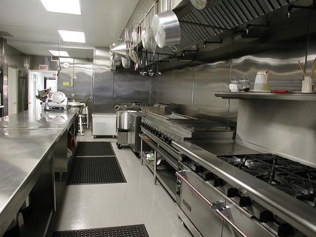 bếp nhà hàng hải sản