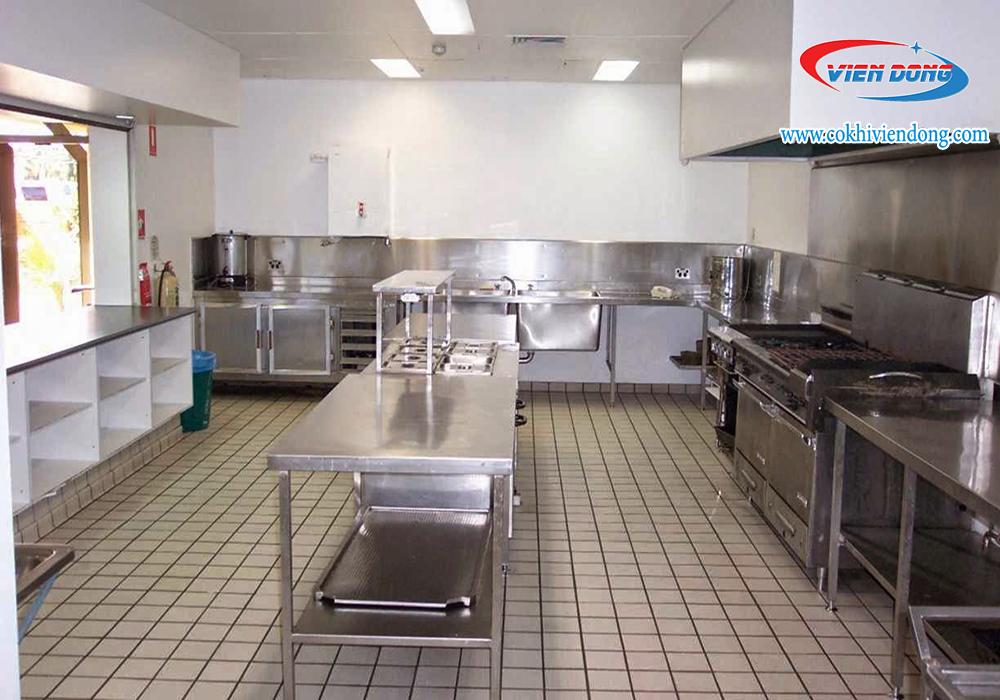 thi công bếp nhà hàng1