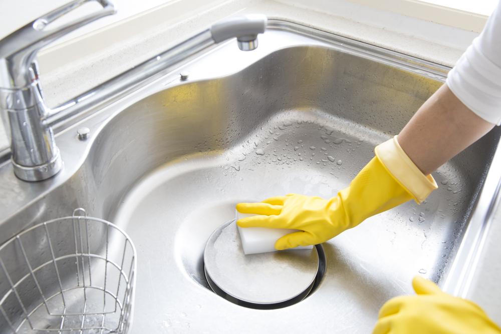 vệ sinh các thiết bị bếp