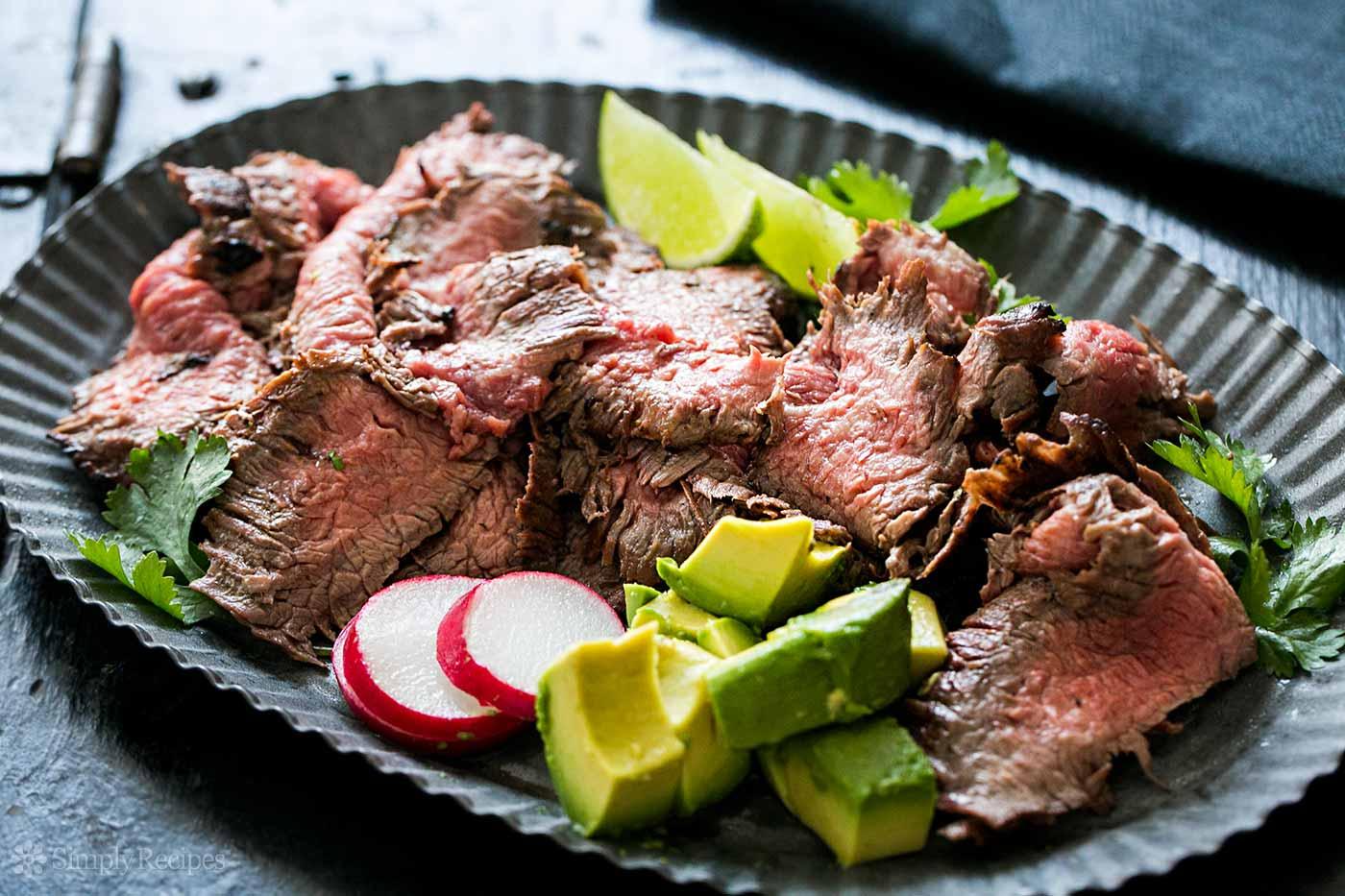 thịt bò luộc tái