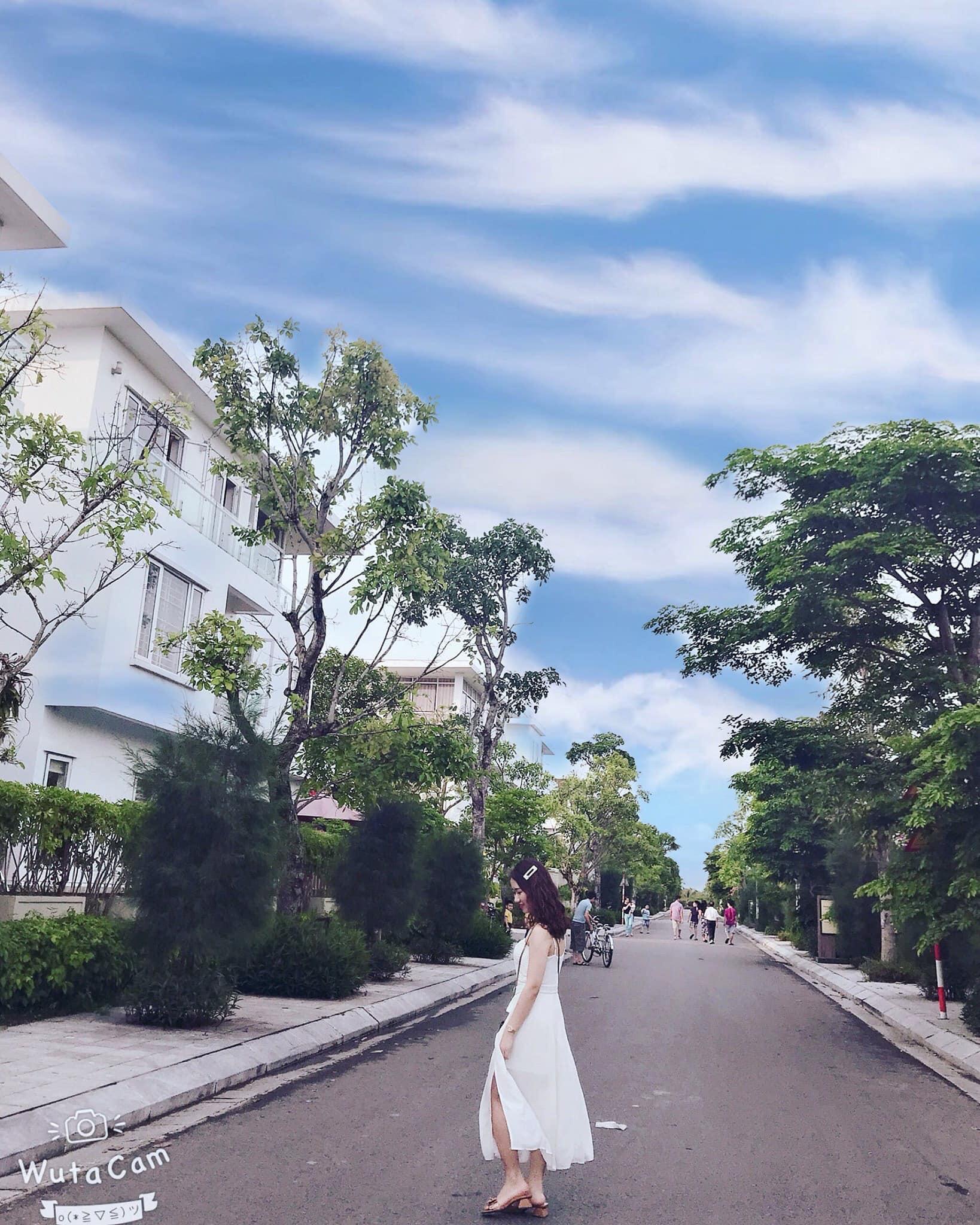 dọc đường khu biệt thự cư dân