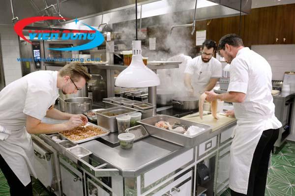 các thiết bị nhà bếp công nghiệp