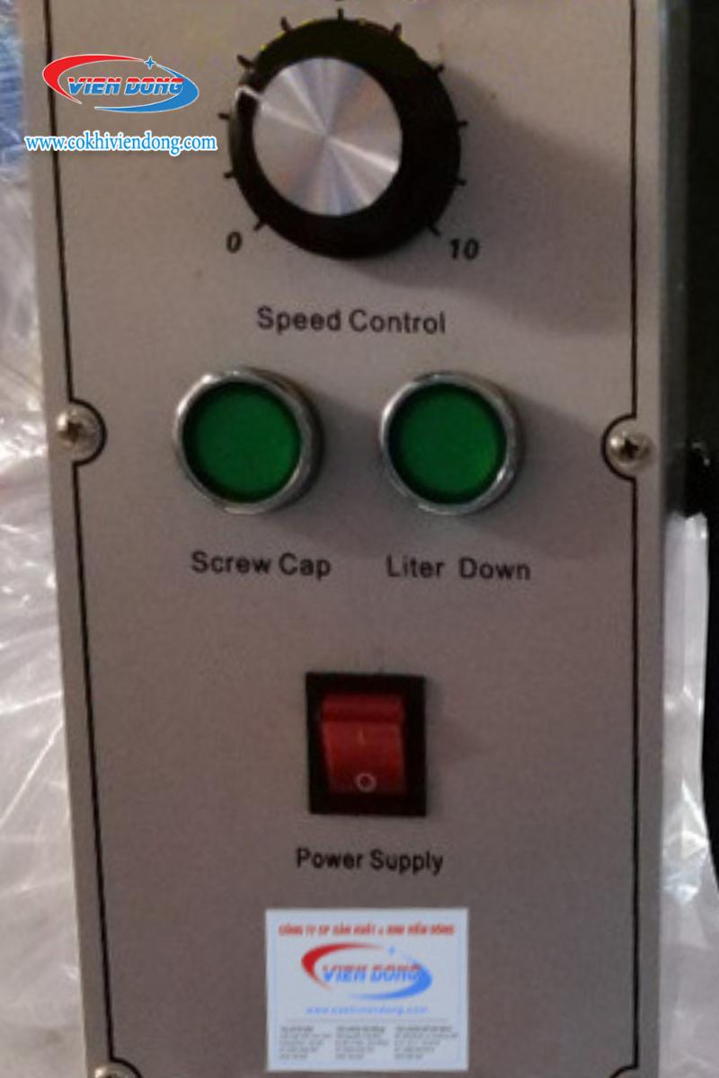 Bộ phận điều khiển máy đóng nắp chai